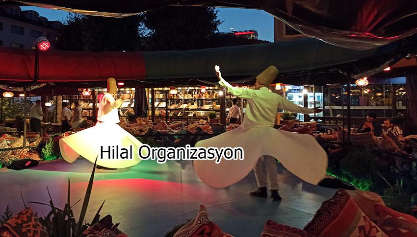 ramazan iftar programı semazen gösterisi