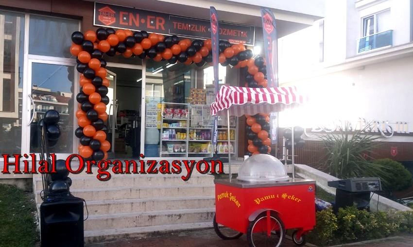 açılış organizasyonu pamuk şeker dağıtımı